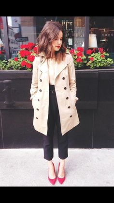 Ingrid Nilsen-- love this coat and festive shoes!!
