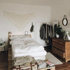 room inspiration | pinterest @softcoffee