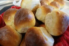 Copycat of Quincy's yeast rolls, I loved them whenever I went to Quincy's back East.  Now I can once again have the sweet yeast rolls that I have been missing for 20 years!  I LOVE these! How To Make Rolls, Homemade Yeast Rolls, Peanut Recipes, No Yeast Bread, Yeast Bread Recipes, Artisan Bread, Dinner Rolls, Restaurant Recipes, 20 Years