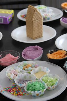 Kid's Easter activity - peep houses