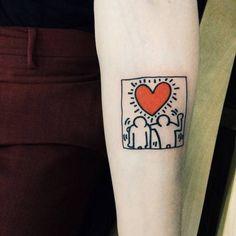 Tatuaje inspirado en uno de los trabajos de Keith Haring situado...