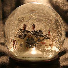 MacCallum_House11 by Kilalou :)(: Christmas Snow Globes, Christmas Mood, Christmas Design, Christmas Crafts, Merry Christmas, Christmas Decorations, Disney Snowglobes, Cute Christmas Wallpaper, Musical Snow Globes