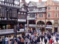The Rows again, and typical Chester shopping crowds . Places Ive Been, Places To Visit, Walled City, Stunning View, Chester, The Row, Uk Trip, England, Street View
