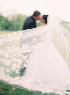 a veil that has near
