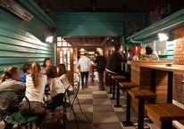 Robert Burns Hotel - Smith Street, Collingwood Melbourne Bars, Top Cafe, Bar Scene, Old Pub, Robert Burns, Espresso Bar, Creatures Of The Night, Restaurant, Italy