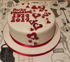 Ruby wedding anniversary cake 40th Wedding Anniversary Cake, Anniversary Parties, Anniversary Ideas, Ruby Wedding Cake, Wedding Cakes, Birthday Cake With Flowers, Valentine Cake, Fancy Cakes, Celebration Cakes