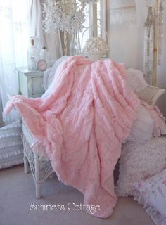 pink fur throw with pink roses