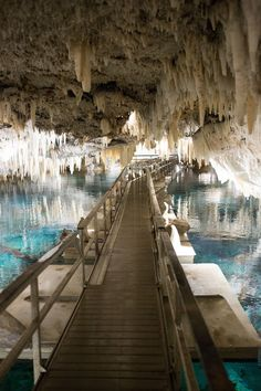 Bermuda Crystal Caves - The Stripe
