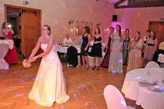 Brautstraußwurf in Sehnde