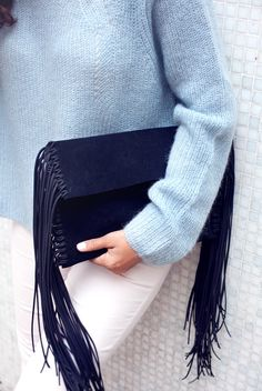 Make a fringed clutch from scratch www.apairandasparediy.com