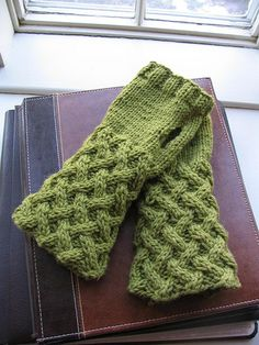 Basket Lattice Fingerless Gloves by Cathy Campbell