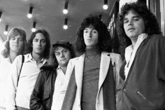 REO Speedwagon. Yeeeeah buddy. Rock N Roll Music, Rock And Roll, Styx Band, Gary Richrath, Illinois, Love Yourself Song, Classic Blues, Classic Rock, Reo Speedwagon