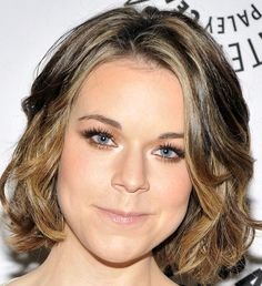 Tina Majorino Jaw-length Bob Hairstyle