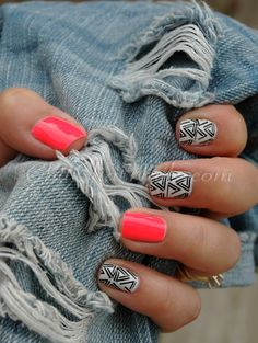 Love this nail design -short nails -real nails - nail polish - sexy nails - pretty nails - painted nails - nail ideas - mani pedi - French manicure - sparkle nails -diy nails Love Nails, How To Do Nails, Fun Nails, Pretty Nails, Simple Nail Designs, Nail Art Designs, Nails Design, Tribal Designs, Geometric Designs