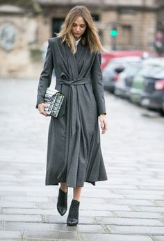 floor-sweep-street-style-paris-fashion-week-aw14