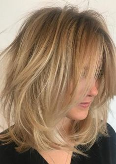 Here are the best hairstyles for older women with thin fine hair. From short graduated bob to layered haircuts, these 50 women look so stylish! Blonde Bob Hairstyles, Haircuts For Fine Hair, Lob Hairstyle, Cool Haircuts, Layered Haircuts, Straight Hairstyles, Cool Hairstyles, Wedding Hairstyles, Formal Hairstyles