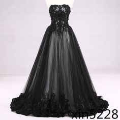 Victorian Gothic Wedding Dress Black White Bridal Gown Lace Strapless 2017 Newly