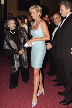 Diana, Princess Of Wales With Lady Pamela Harlech Attends The Royal Gala Performance Of'swan Lake' At The Royal Albert Hall Wearing Dress By Fashion Designer Jacques Azagury And Shoes By Jimmy Choo. (Photo by Tim Graham/Getty Images) Princess Diana Death, Princess Diana Fashion, Princess Diana Pictures, Princess Diana Family, Royal Princess, Princess Of Wales, Princesa Real, Lady Diana Spencer, Queen
