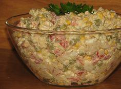 Kolorowa sałatka z tuńczyka Polish Recipes, Polish Food, Coleslaw, Tortellini, Guacamole, Potato Salad, Serving Bowls, Grilling, Food And Drink