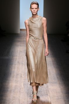 Salvatore Ferragamo Spring 2015 Ready-to-Wear Fashion Show - Irina Kravchenko