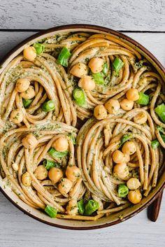 Vegan Pasta Noodles, Pesto Pasta Dishes, Easy Pasta Dishes, Vegan Pesto Pasta, Vegan Dinner Recipes, Vegan Dinners, Whole Food Recipes, Healthy Recipes, Vegetarian Meals