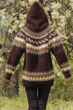 Brown Icelandic mohair sweater with hood by SuperTanya Fair Isle Knitting Patterns, Sweater Knitting Patterns, Knitting Socks, Knit Patterns, Clothing Patterns, Pullover Design, Sweater Design, Fair Isle Pullover, Icelandic Sweaters