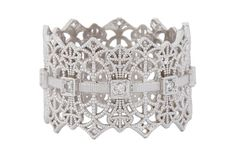 Lace ring. Love it!  Jewelry with intricate, lace filigree first rose to popularity during the Edwardian era.