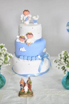 Com o bolo que fiz!