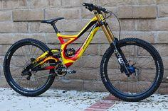 Specialized Demo 8 - bajaguy's Bike Check - Vital MTB