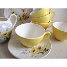 Meakin Cups and Saucers Summertime Teacups by Meakin Set of 8 Mid... ($96) ❤ liked on Polyvore featuring home, kitchen & dining and drinkware
