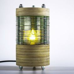 CD-Lampe   Ding des Monats   Verbund Offener Werkstätten