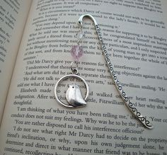 Beaded bookmark bird charm in silver pink beads by PirateTreasures