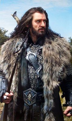 Thorin Oakenshield: Never thought a dwarf could be so hot.  Yum