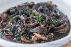 This easy adobong pusit recipe is true to its name. It is one of the simplest and uncomplicated way to cook squid adobo. Filipino Recipes, Asian Recipes, Filipino Food, Pinoy Recipe, Easy Bok Choy Recipes, Cooking Squid, Adobong Pusit, Beef With Broccoli Recipe, Healthy Recipes