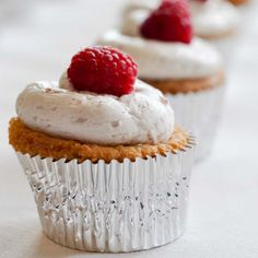 Raspberry, white chocolate and coconut cupcakes - I searched cupcakes, this is the first of many to be pinned