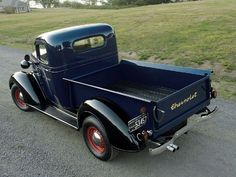 1937 Chevrolet Pickup - Rhapsody In Blue With Black Fenders - Classic Trucks Magazine - Hot Rod Chevrolet Trucks, Gmc Trucks, Cool Trucks, Pickup Trucks, Classic Chevrolet, Classic Chevy Trucks, Classic Cars, Classic Style, Antique Trucks