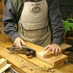 A shooting board designed for trimming edges and ends to 90° is the simplest type to make and use.