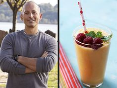 Get celeb trainer Harley Pasternak's (legitimately healthy) smoothie recipe: http://www.people.com/people/article/0,,20609990,00.html#