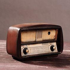 Vintage Style Nostalgic Resin Radio Model Retro Look Decorative Radio