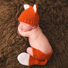 Cutest . fox . ever !!  Fox set , newborn and infant photo prop