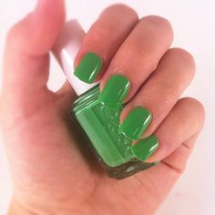 Essie - Mojito Madness I NEED THIS COLOR NOW!