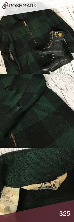 """🆕 Vintage WOOLRICH Lumberjack Plaid Jacket Sz M How sweeeeet is this jacket?!? Total retro Lumberjack Plaid coat ... made in the USA!! Green & black Buffalo Plaid pattern. WOOLRICH 100% Wool. It has some marks due to its age & wear ... see photos. But overall it's an AWESOME unique piece that will rock out your winter!! Men's Medium. Fits as a women's M/L. From a smoke free home!!  Measurements (flat): Armpit to armpit: 21.5"""" Armpit to cuff: 20"""" Shoulder to bottom: 27.5"""" Across bottom: 21""""…"""