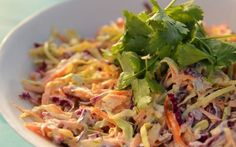 You& find the ultimate Siba Mtongana Asian Slaw recipe and even more incredible feasts waiting to be devoured right here on Food Network UK. Slaw Recipes, Rib Recipes, Vegetarian Recipes, Healthy Recipes, Recipies, Healthy Salads, Asian Coleslaw, Asian Slaw, Coleslaw Salad