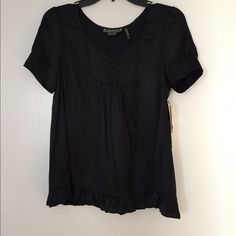 Open-Back Top Silk look, black, short sleeve, open-back, loose, comfortable, NEVER WORN, perfect with jeans, originally from Bloomingdales. Guess Tops Blouses