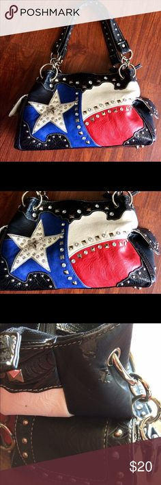 Purse Patriotic Red White Blue ❤️ 4th of July This is such a fun purse. In overall good Condition. There are a few signs of use. See photo. Perfect for summer. Bags Satchels