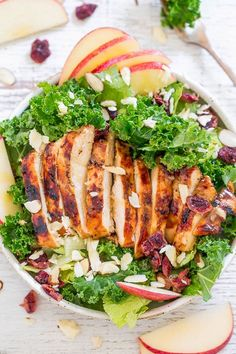 Apple, White Cheddar, and Grilled Chicken Salad - All the flavors just POP in this fast, easy, and healthy salad! The Honey-Apple Cider Vinaigrette doubles as marinade + salad dressing to save time! Apple Salad Recipes, Lunch Recipes, Easy Dinner Recipes, Grilling Recipes, Chicken Salad With Apples, Grilled Chicken Salad, Good Healthy Snacks, Healthy Salads, Healthy Recipes