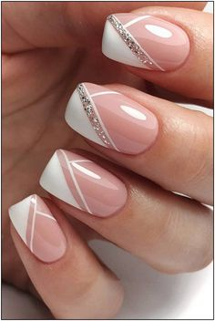 wedding nails design The Best Wedding Nails 2020 Trends wedding nails trends modern elegant french manicure with silver glitter emotionsssss Chic Nails, Stylish Nails, Swag Nails, Trendy Nails, Grunge Nails, French Manicure Nails, Gel Nails, French Manicure With Glitter, French Manicure With Design