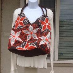 Fashion Fab Large Handbag Creme & orange embroidery on dark brown. Clean, no marks. Inside zipper pocket. Boutique Bags