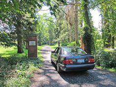 Stone entrance, gates, Grasmere, village of Rhinebeck, Federal architecture sample.