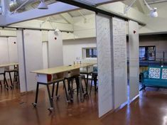 D-school - whiteboard partitions